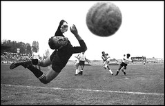 goal juve (pierodemarchis) Tags: blackandwhite goal 1966 juventus calcio juve supershot blackwhitephotos thelanguageofphotography