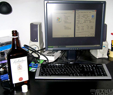 Whisky Bottle PC
