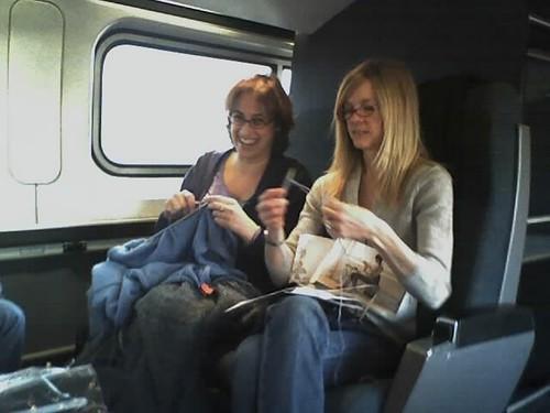 Залізнична компанія Amtrak організує спеціальні потяги для любителів в'язання.