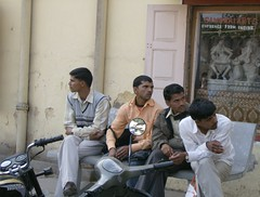 """chilling"" (sftrajan) Tags: india indians jaipur rajasthan 2007"