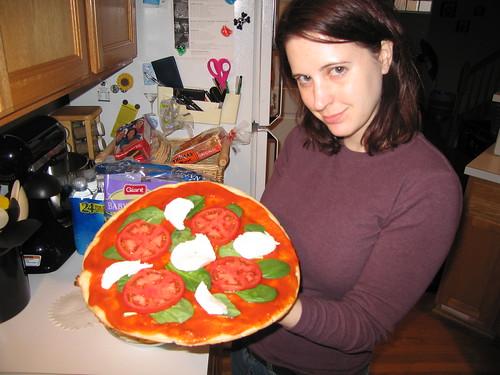 azcra likes pizza