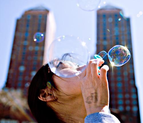 The Great Bubble Battle