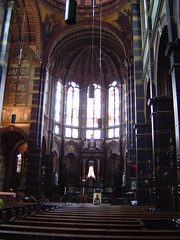 Inside the Sint Nicolaaskerk