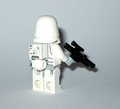 lego 25416 1 star wars advent christmas calender 2016 day 06 snowtrooper minifigure b (tjparkside) Tags: lego 254161 25416 star wars advent licensed christmas calender 2016 minifigure figures figure mini model models sw boba fett fetts slave i 1 bespin guard tie interceptor fighter imperial navy trooper hoth snowtrooper cannon rebel rebels soldier battle droid roger jedi starfighter u 3po u3po protocol power droids gonk luke skywalker endor capture master knight outfit stormtrooper stormtroopers white wookie snow chewbacca sith republic speeder cruiser tantive snowman blaster blasters empire seasonal