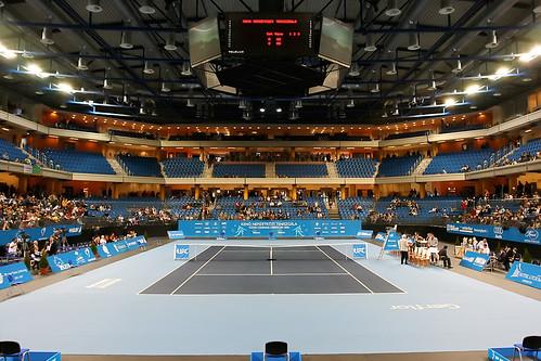 Le lieu en configuration salle de tennis