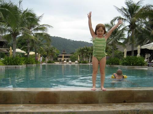 gemma_pool_standing_1