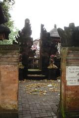 004_baliUbud3.06_templeOfferings (blueGlitterGoddess) Tags: bali ubud seminyak ramayana