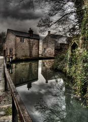 Cromford Canal (Stevacek) Tags: reflection mill d50 canal nikon derbyshire industrialrevolution hdr cromford arkwright stevacek
