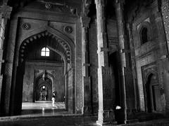 man praying (randhirsingh) Tags: city urban india abandoned monument sandstone arch muslim islam pray praying agra mosque fatehpur sikri mughal