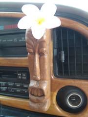 Inside the Magic Bus (indstryofweezles) Tags: ocean family flower hawaii kauai hanalei
