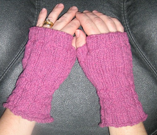 Fetching Gloves