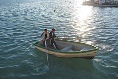 HACIA EL MUELLE (ABUELA PINOCHO ) Tags: sea españa boat mar fishing spain barca barco niños dos pesca castellon burriana remar remando mywinners