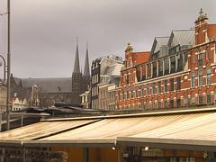 Amsterdam, toldos y casas (elosoenpersona) Tags: flower amsterdam europe market emptyplanet elosoenpersona
