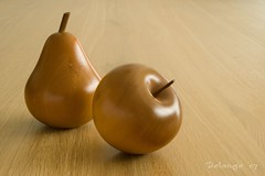 Wooden Fruits (henx fotojam) Tags: wood apple pine table pear tasmania hout peer huon