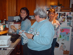 Mom Aunt Shirley and Cousin Tony. (Testycatlady) Tags: dinner for whats familymeals