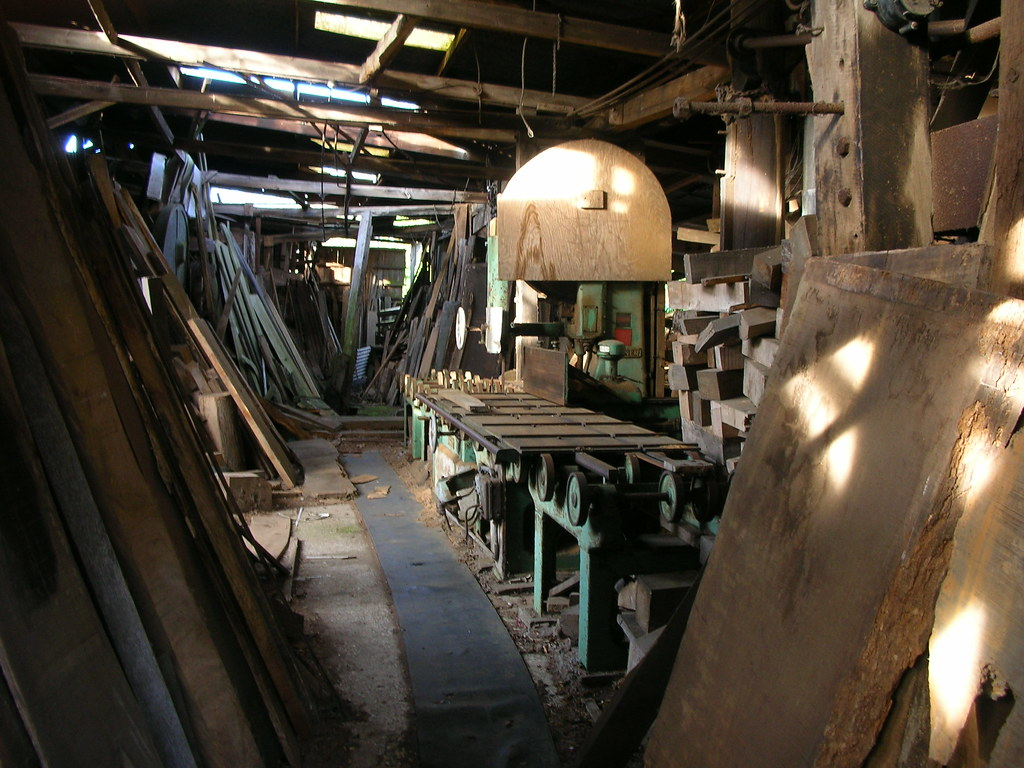 The World's Best Photos of bandsaw and sawmill - Flickr Hive Mind