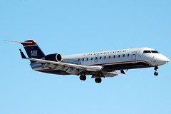 US Airways Express CRJ-200ER N444ZW