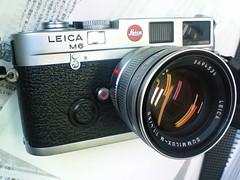 NEC_0116 (maddoc2003jp) Tags: leica 35mm gear rangefinder 135 35 summilux m6 rff maddoc2003jp