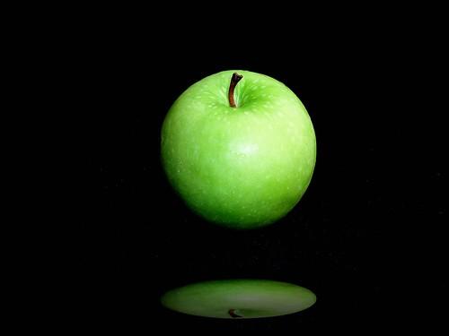 フリー画像| 食べ物| 果物/フルーツ| 林檎/リンゴ| 青リンゴ|       フリー素材|