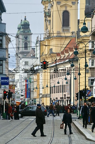 "Linz • <a style=""font-size:0.8em;"" href=""http://www.flickr.com/photos/26679841@N00/332641870/"" target=""_blank"">View on Flickr</a>"
