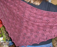 Shetland Triangle (Loopy Knitter) Tags: knitting shawl sundara shetlandtriangle