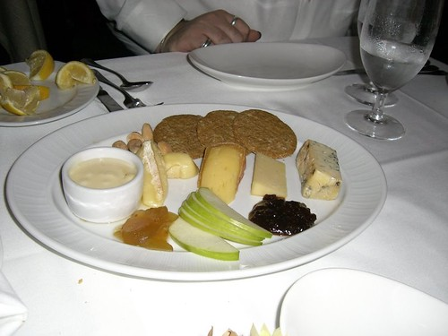 Cheese plate for dessert