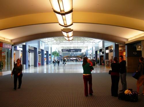 CVG Cincinnati Airport Concourse B