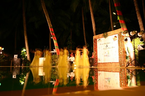 The dancing girls were part of the - for me - untraditional X-mas entertainment...