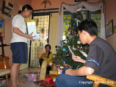 Gift-Opening