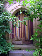 Closed and locked and sealed (Linda6769) Tags: door castle nature stone germany handle town ast stair branch blossom decay natur spiderweb thuringia cobweb twig spinne knob schloss blte padlock tr spinnwebe blooming threshold elderberry bloomingtree gewinner zweig blhend schwarza blhenderbaum natureisthewinner natureiswinning