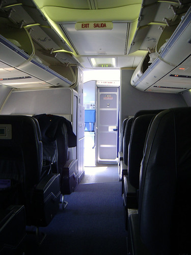 Continental Airlines 737 Business First by World Aviation Group.