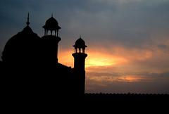 Badshahi Mosque, Lahore (Naeem Rashid) Tags: pakistan sunset punjab lahore badshahimosque