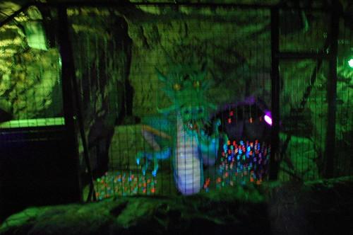 第二岩屋の竜