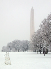 DC Snow 5: Standing Alone (little-wings) Tags: winter snow monument washingtondc dc snowman dcist february washingtonmonument   2007  2007 dc capitalwxfeb2507      lpwinter