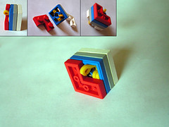 Turntable bottoms with LEGO rubber bands