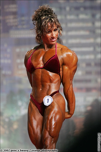 Annie Rivieccio At The 2007 Arnold Classic