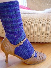 baudelaire (sew-mad) Tags: blue socks knitting sock violet yarn knitty baudelaire veilchen rohrspatz wollmeise projectspectrum sewmad