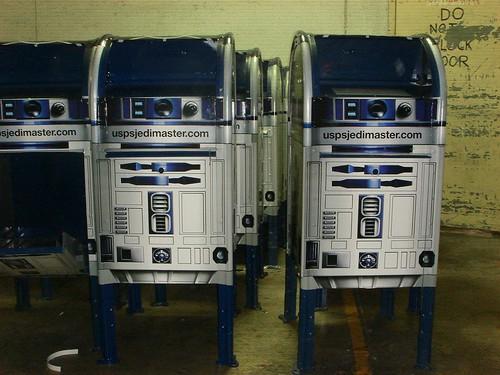 RD-D2 Mailbox!