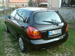 black car nissan almera