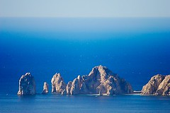 Out Of The Blues (Je Rpondrai) Tags: ocean travel rock mexico dof landsend bajacalifornia cabosanlucas seaofcortez