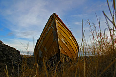 Sailing on grass (IvarPeturs) Tags: iceland