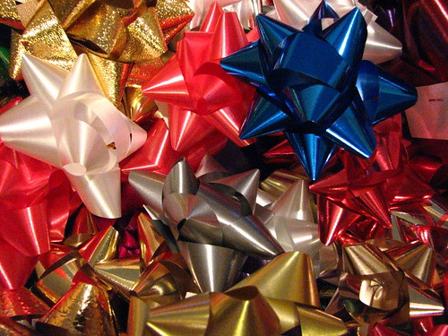 Jewish Holiday Traditions In Regards To Gift