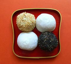 daifuku - happy new year 2007 (aloalo*) Tags: food dessert japanese sweet daifuku