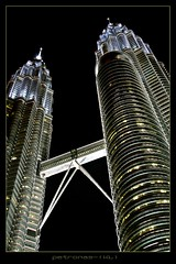 Petronas (disgustipado) Tags: tower night noche bravo searchthebest petronas malaysia nocturna kualalumpur menara torres gau thegallery outstandingshots picswithframes guaez