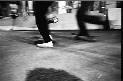 Down in the streets... (varicella!) Tags: street friends bw night skateboarding milano nikonf5