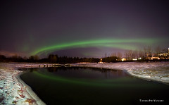 Northen lights - 18.01.07 (.:: Tomz ::.) Tags: longexposure winter color green nature night canon wow stars iceland pad reykjavik nighttime photoaday stunning 5d canon5d reykjavk soe sland 2007 icelandic stjarna canon1740mmf4l tomz 10faves slenskur grnn p1f1 tomaszrveruson anawesomeshot stjrnur