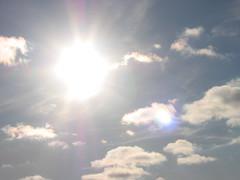 Sonne vertreibt Wolken