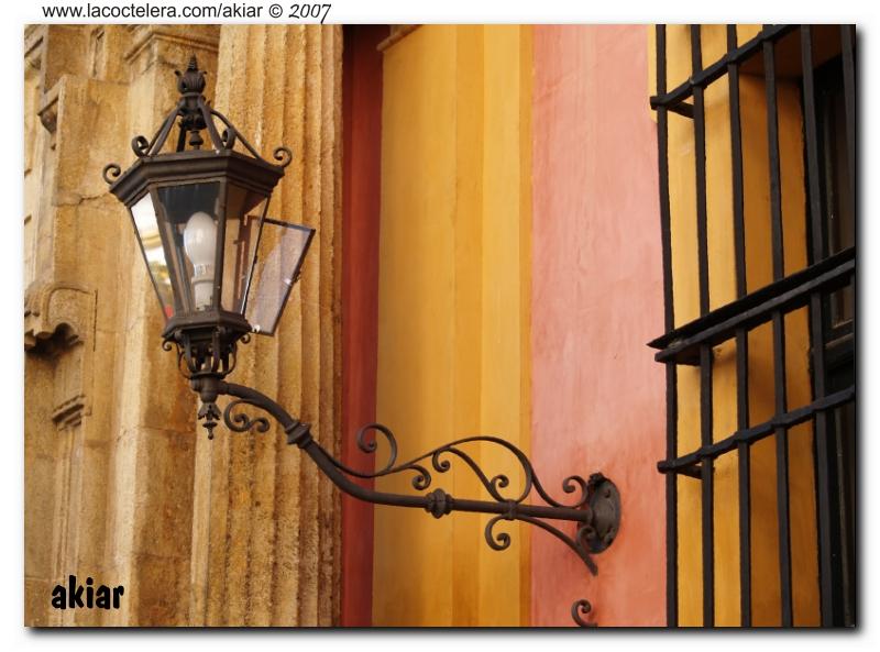 Farol. Los Colores de Sevilla.