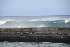 Muelle del Puerto en alerta de oleaje (Alejandro Amador) Tags: de puerto la muelle flickr 5 oleaje canarias cruz tenerife olas islas temporal metros fuerte allthebest alejandroamador