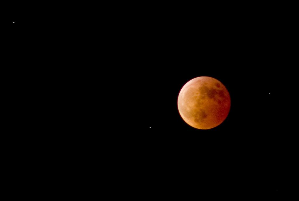 Lunar Eclipse Close Up cropped